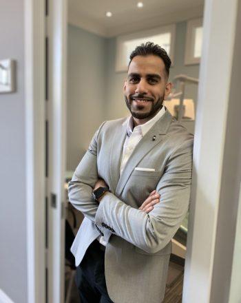 Dr. Mahmoud Manzoor